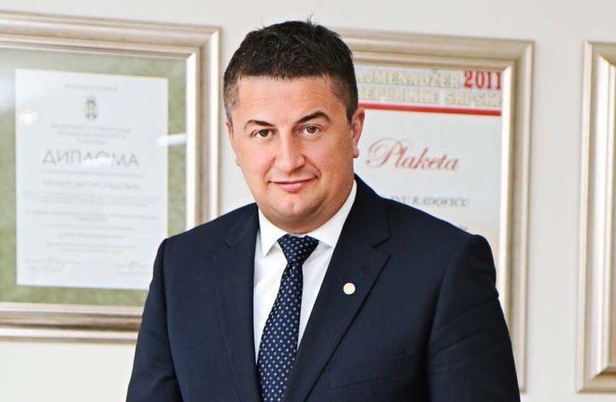 Još u gimnaziji sam shvatio da je ekonomista potreban i u medicini, sportu, sudstvu - foto Borislav Zdrinja