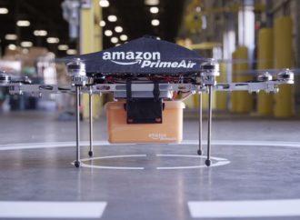 Amazon obavio prvu dostavu dronom
