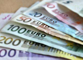Ambasadorska plata od tri do pet hiljada eura