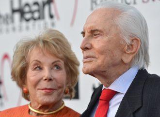 Kirk Daglas slavi 100. rođendan