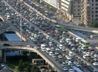 Popusti i praznici pogurali prodaju automobila u SAD