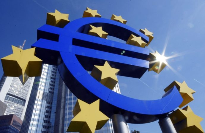 Splasnula inflacija u EU i eurozoni