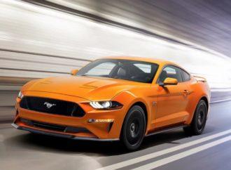 S osvježenim Mustangom stiže i više konjskih snaga