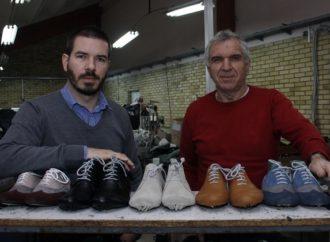Porodica Nenadović ručno pravi cipele koje se nose godinama