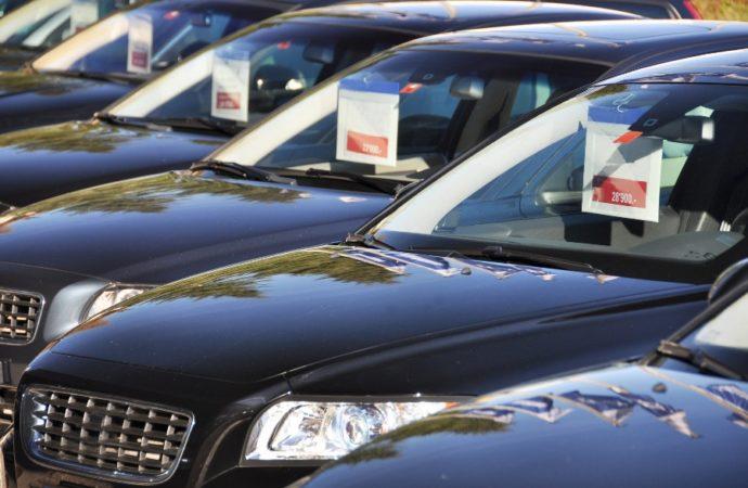 Uvoz automobila u BiH gotovo uduplan