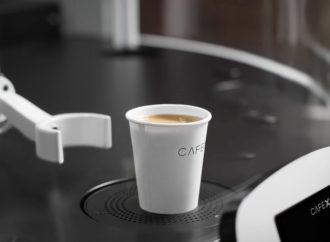Otvoren kafić u kojem kafu poslužuje robot