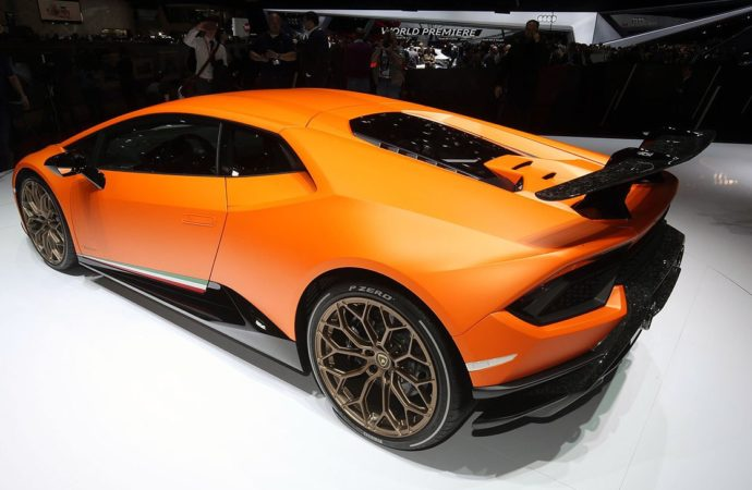 Lamborghini Huracan Performante2