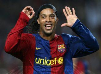 Ronaldinjo opet u dresu Barselone