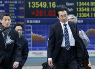Azijske berze pale, euro jači