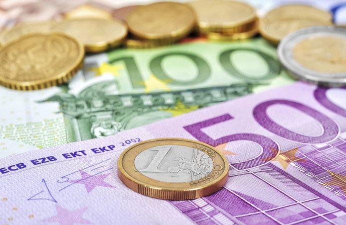 Šta je opasnije za euro: Nexit ili Frexit?