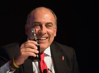 Direktor Coca-Cole dobio 16 miliona dolara na ime otpremnine