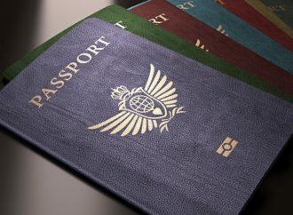 Zašto pasoši postoje u samo četiri boje?