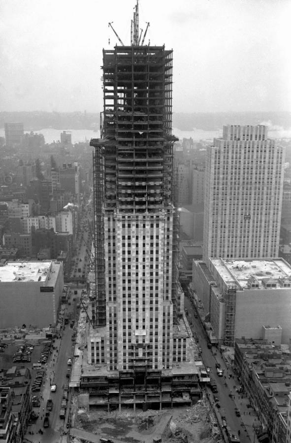 Rockefeller center 1932.