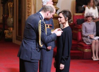 Viktoriji Bekam uručen Orden britanskog kraljevstva