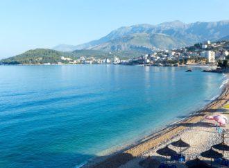 Albanci čiste plaže i najavljuju turistički bum