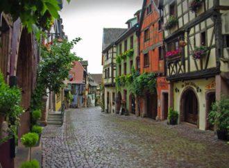 Ovo selo u Francuskoj je postalo turistički hit
