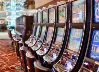 Tuži kazino jer je aparat greškom dao nagradu