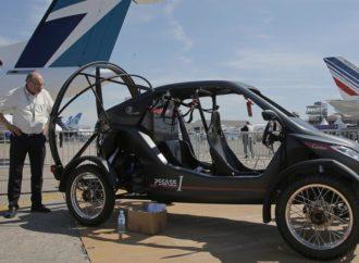 Leteći automobil i bicikl atrakcije na sajmu vazduhoplovstva