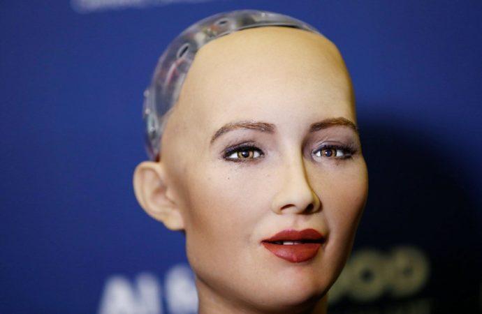 Prva poruka robota Sofije: Nećemo vas ugroziti, mi smo prijatelji