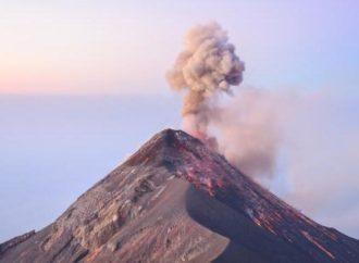 Odsјednite u kući u podnožju aktivnog vulkana