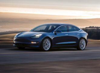 Tesla Model 3 koristiće telefon umjesto ključa