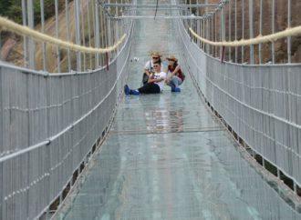 Stakleni most u Kini ušao u Ginisovu knjigu rekorda