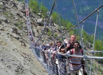 Otvoren najduži pješački most na visini