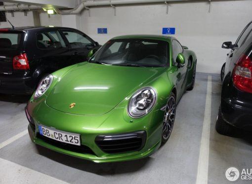 Farba koja košta koliko i Porsche 911 Carrera
