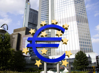 ECB zaradila 7,8 milijardi eura od kamata na grčke obveznice