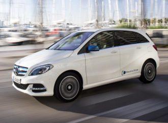 Mercedes ukida B klasu na struju