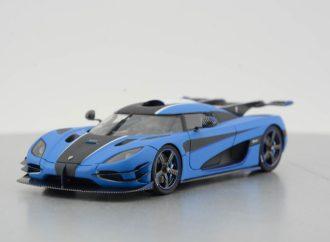 "Koenigsegg ""rasturio"" Bugatti: 0-400-0 km/h za 36,44 s!"