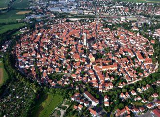 Nerdlingen – grad koji leži na 72.000 tona dijamanata
