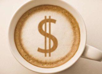 Svaki treći Amerikanac radije troši novac na kafu nego na investiranje