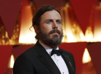 Kejsi Aflek neće voditi dodjelu Oskara