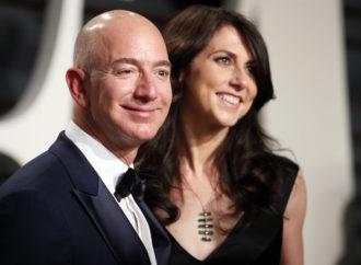 Bivša supruga prepustila Bezosu kontrolu nad Amazonom