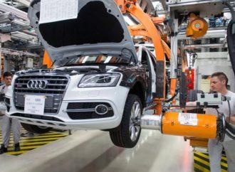 Audi gasi proizvodnji nekih modela, okreće se elektromobilima