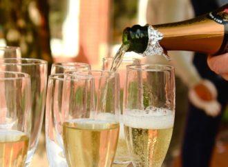 Promet šampanjca skoro 5 milijardi evra