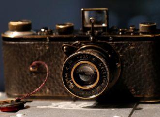Fotoaparat Leica iz 1923. godine prodat za 2,4 miliona evra