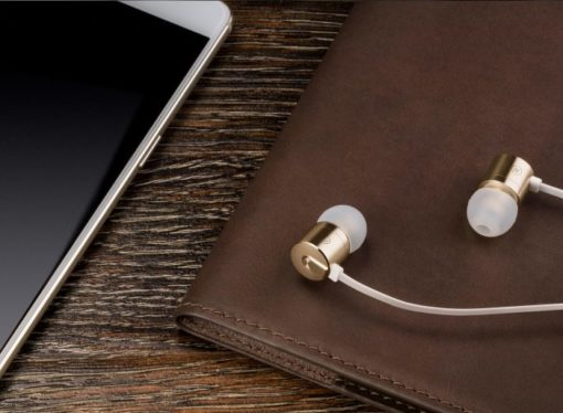 OnePlus radi na svojim prvim bežičnim slušalicama
