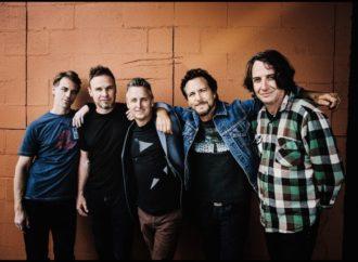 Pearl Jam rasprodao svoje crno vino za 12 minuta!
