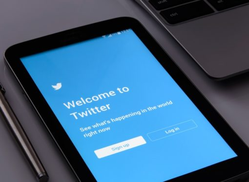 Tviter zabranjuje reklamiranje medija koje kontrolišu države