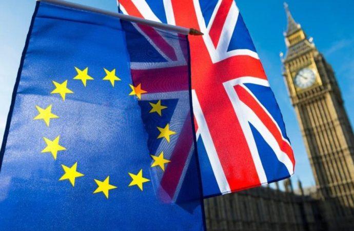 Britanski parlament odbacio svih osam alternativnih prijedloga u vezi s Bregzitom