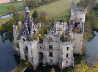 Francuska aristokratija traži kupce za 1.500 zamkova